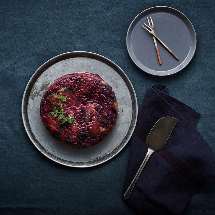 レシピ ベリーと紅茶のアップサイドダウンケーキ