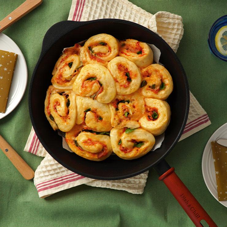 レシピ パクチーベーコンのちぎりパン